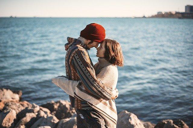 既婚 者 と の 恋愛 辛い