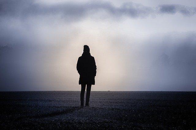 失恋 立ち直れ ない 鬱